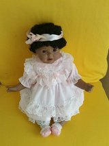 """NWT"""" Authentic CHRISTINE Porcelain Memorable Collection Doll"""" in Fort Benning, Georgia"""