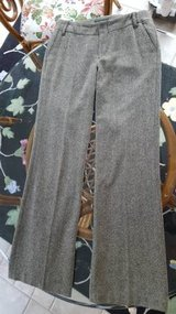 BANANA REPUBLIC Pants in Naperville, Illinois