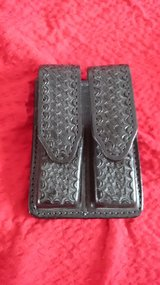 Gun clip holster - leather in Ramstein, Germany