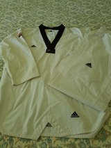 Tae Kwon Do Gi uniform Adidas size xxl in Naperville, Illinois