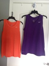 New! Woman Nike Dry Fit Large in Clarksville, Tennessee