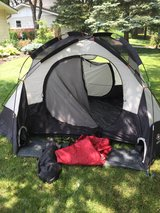 4 Person Tent - Wenger in Naperville, Illinois