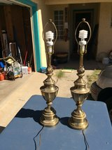 Set Of Two 33in Of Solid Heavy Brass Lamp in Alamogordo, New Mexico