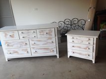 Bedroom furniture in Tinley Park, Illinois