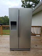 Stainless steel Samsung refrigerator in Hopkinsville, Kentucky