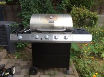 CharBroil 4 burner grill in Ramstein, Germany