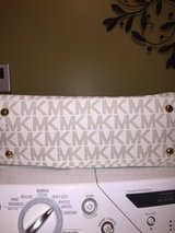 Michael Kors bag in Camp Lejeune, North Carolina