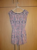 SMALL Paisley Pink Romper with Bow in Stuttgart, GE