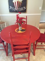 Farmhouse Kitchen Table & 4 Chairs in Camp Lejeune, North Carolina