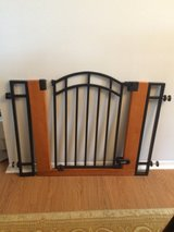 Baby gate summer metal and wood in Fort Bliss, Texas
