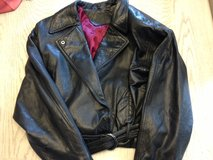 womans genuine leather coat in Fort Leavenworth, Kansas