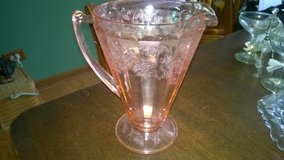 pink depression glass in Glendale Heights, Illinois