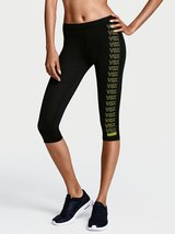 NEW Victorias Secret VSX Workout Knockout Yoga Crop Pants Size S in Hinesville, Georgia