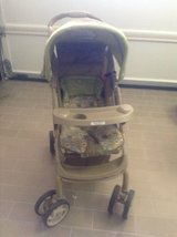 Graco stroller with Jeep accessories in Ramstein, Germany