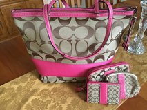 Pink Coach Purse set in Chicago, Illinois