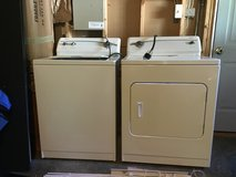 Washer and dryer set in Fort Lee, Virginia