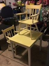 TABLE & CHAIRS yellow/white in Naperville, Illinois