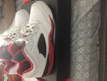 Retro air Jordan 5 fire red low in Pensacola, Florida