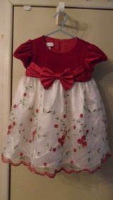 18 months Bonnie Baby dress in Fort Campbell, Kentucky