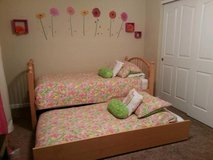 Twin Trundle Bed Great condition in Columbus, Ohio