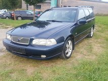 Volvo V 70 Station Wagon 2,4 with 170 HP Automatic,A/C,Great Condition in Ansbach, Germany