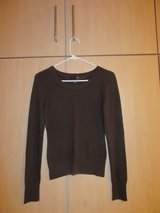 SMALL Brown fitted sweater H&M in Stuttgart, GE