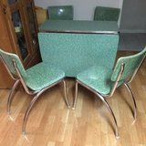 Formica Drop Leaf Table & 4 Chairs in Sugar Land, Texas