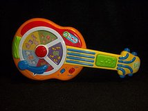 LeapFrog Learn & Groove Animal Sounds Guitar in Glendale Heights, Illinois