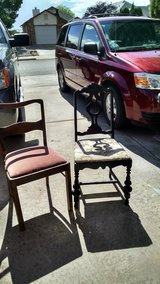 2 antique chairs in Alamogordo, New Mexico