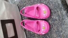 Crocs size 5 in Beaufort, South Carolina
