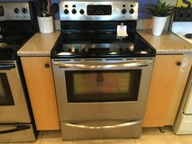 Frigidaire Black & Stainless Smooth Top Range Stove Oven - USED in Fort Lewis, Washington