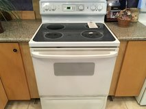 GE White Smooth Top Range Stove Oven - USED in Fort Lewis, Washington