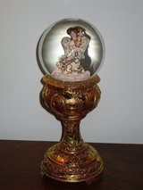 "11-1/2"" musical angel snowglobe in Glendale Heights, Illinois"