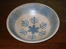 "wooden snowflake bowl 8-1/4""W in Chicago, Illinois"