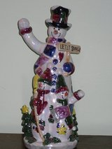 "10"" ceramic snowman in Bolingbrook, Illinois"