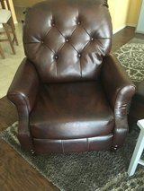 Reclining leather chairs in Temecula, California