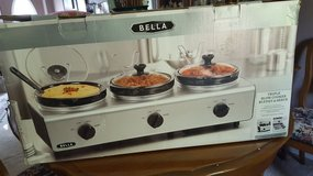 Bella Professional Oval Triple Slow Cooker with Lid Rests in Wilmington, North Carolina