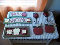 apple wall hangings in Cherry Point, North Carolina
