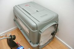 Large Travel Kennel OBO in Baumholder, GE