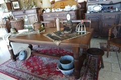 beautiful tiger oak farm house table in Baumholder, GE