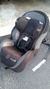 Safety first- AIR flow 5 point car seat in Bolingbrook, Illinois