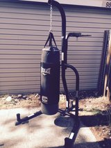 Everlast Bag Stand Combo in Fort Lewis, Washington