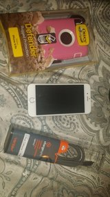 AT&T IPhone 6 16GB w/ 2 Defender Cases in DeRidder, Louisiana