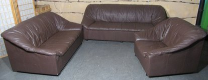 3 Piece Brown Leather Couch Set in Ramstein, Germany