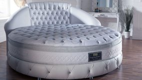 Dream Bed - For all who want something Special - 86 1/2 inch wide Round Bed in Lakenheath, UK