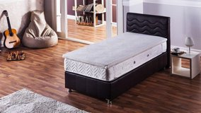 Memory Foam Topper - Queen and King size in Grafenwoehr, GE