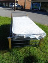 SPECIAL! Twin Size Platform Bed w/mattress in Fort Knox, Kentucky