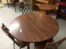 Dining table & 3 Chairs in Fort Knox, Kentucky