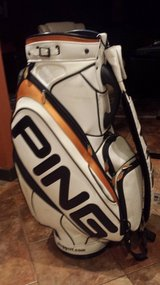 REDUCED again Ping G10 staff bag in Alamogordo, New Mexico