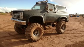"1981 Blazer dana 60s 454 44"" tires in Alamogordo, New Mexico"